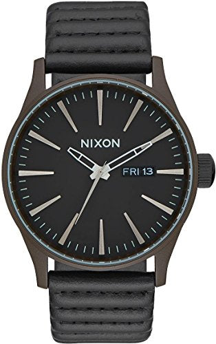 Nixon Sentry Leather A105-2138 Mens Wristwatch Design Highlight