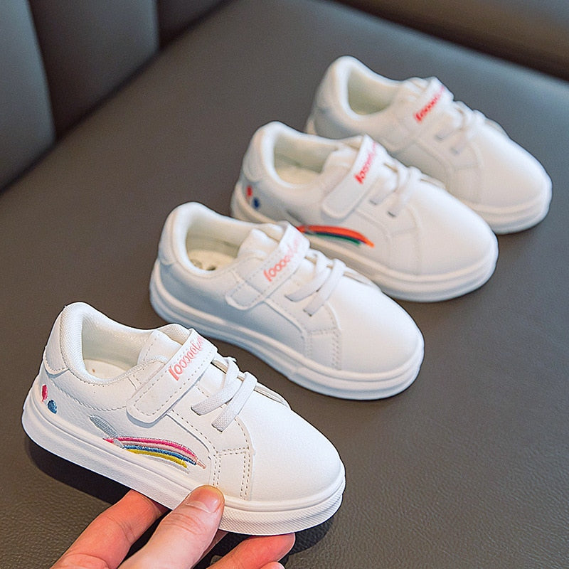 2020 New Spring Kids Skate Shoes White Boys Girls School Shoes Nice Rainbow Embroidery Children Footwear Baby Sneakers D02131