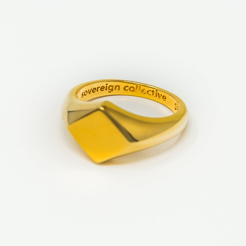 18ct Gold | Inverse Signet