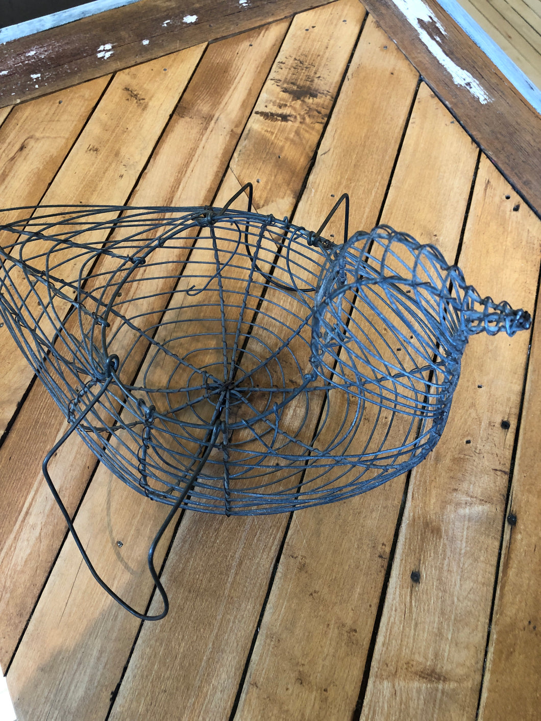 Vintage Wire Chicken Basket