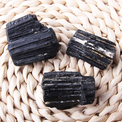 2019 Natural Black Tourmaline Crystal Gemstone Collectibles Rough Rock Mineral Specimen Stone Home Decor Healing Reiki mineral