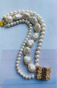 Embrace the atmosphere of luck and happiness with this bracelet made of three rows of carefully selected freshwater pearls. Accentuated with beautiful gold plated silver clasp