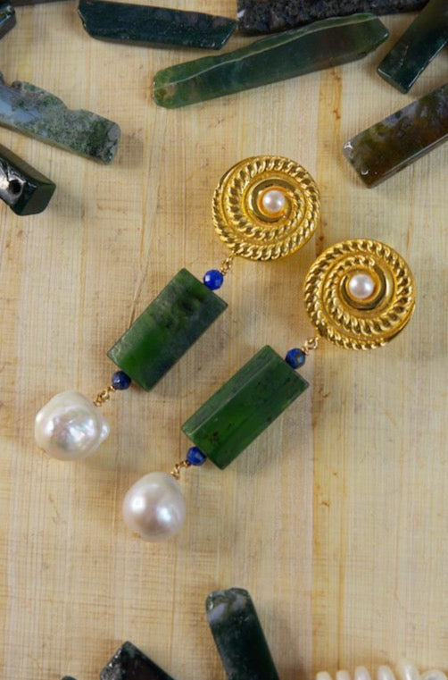 Bold and beautiful earrings made of jade, baroque pearls, gold plated silver round disc