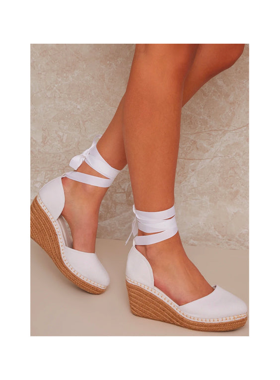Tie Up Wedges in White