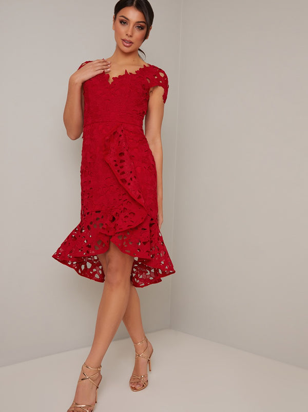 Lace Cap Sleeved Ruffle Midi Dress in Red
