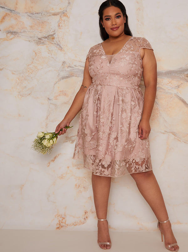 Plus Size Bridal Lace Bridesmaids Midi Dress in Neutral