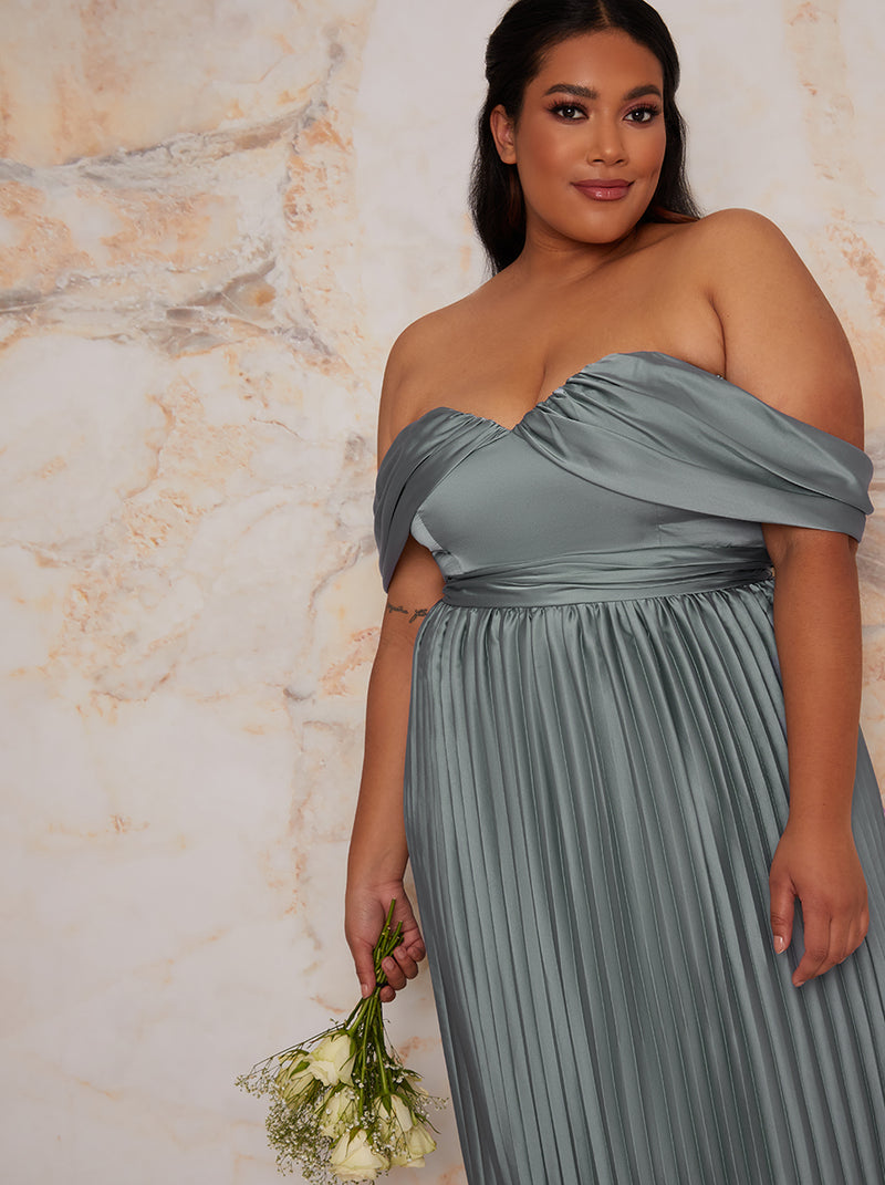 Plus Size Bardot Pleated Maxi Bridesmaid Dress in Green