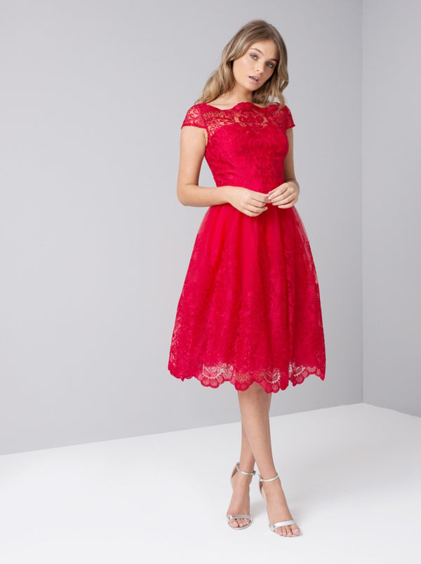 Cap Sleeve Baroque Embroidered Midi Dress in Red