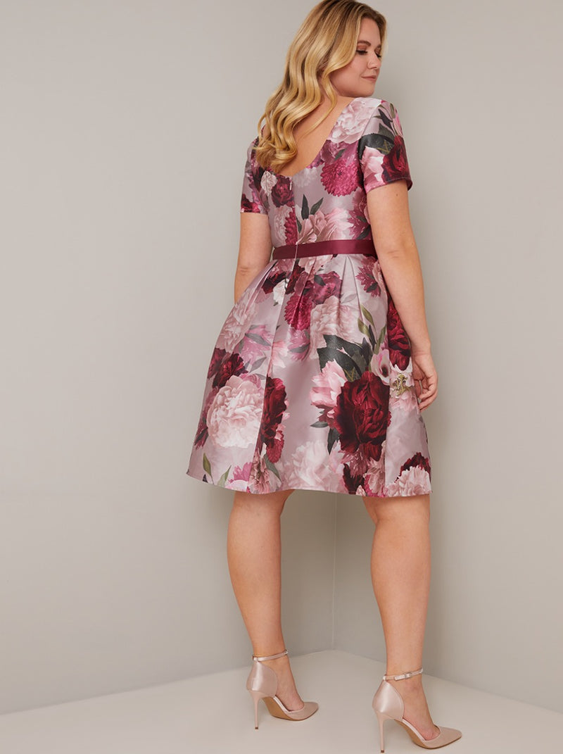 Plus Size Short Sleeved Floral Print Dress in Pink