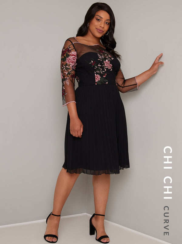 Chi Chi Curve Adalee Dress