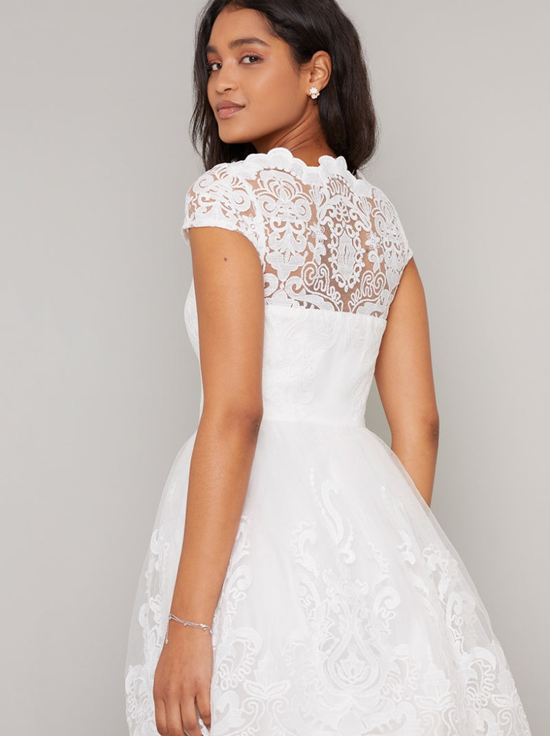 Cap Sleeved Baroque Lace Midi Dress in White