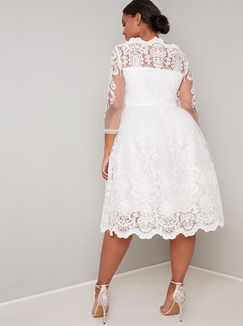Plus Size Lace Long Sleeve Midi Dress in White