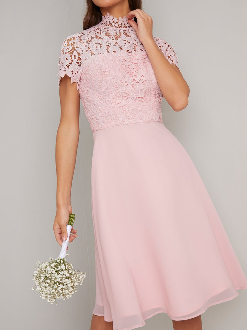 Crochet Bodice Chiffon Midi Dress in Pink