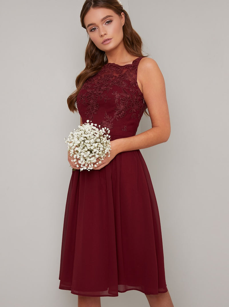 Sleeveless Lace Bodice Chiffon Midi Dress in Red