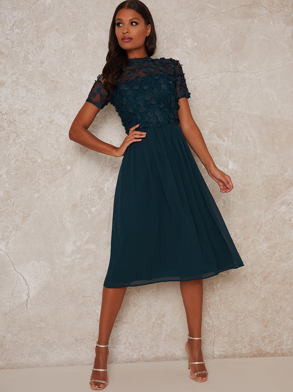 High Neck Lace Bodice Midi Dress in Green