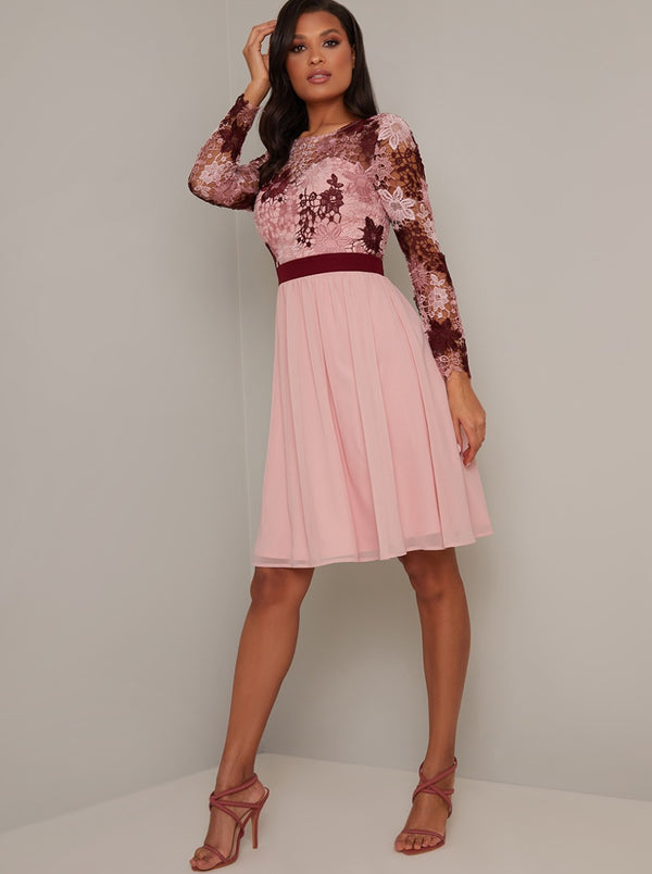 Lace Crochet Bodice Midi Dress in Pink
