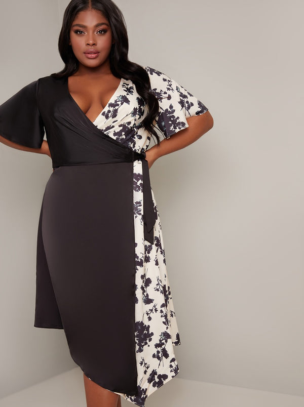 Plus Size Wrap Short Sleeved Midi Dress in Black