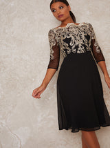 Metallic Lace Sheer Sleeved Midi Dress In Black