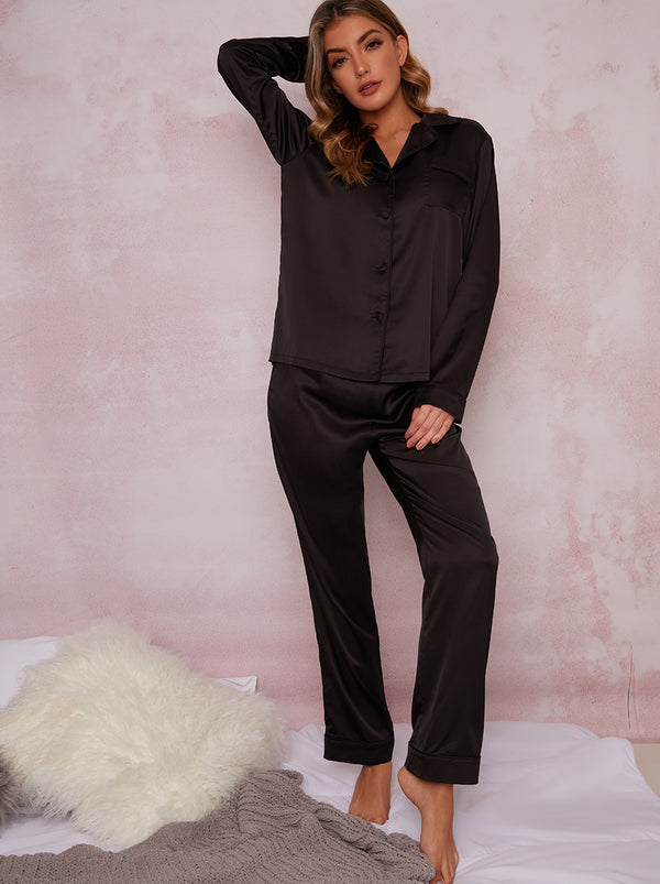 Satin Finish Pyjama Set In Black