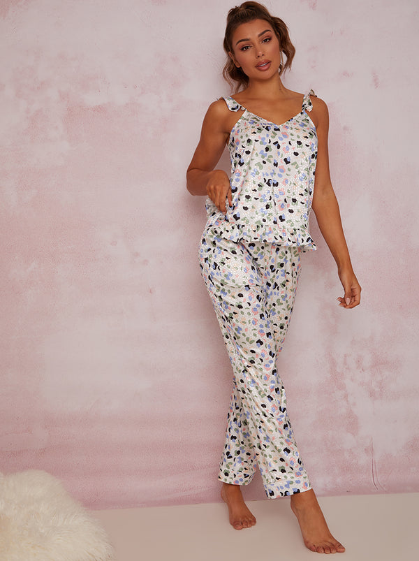 Ruffle Trim Graphic Print Pyjama Set in White