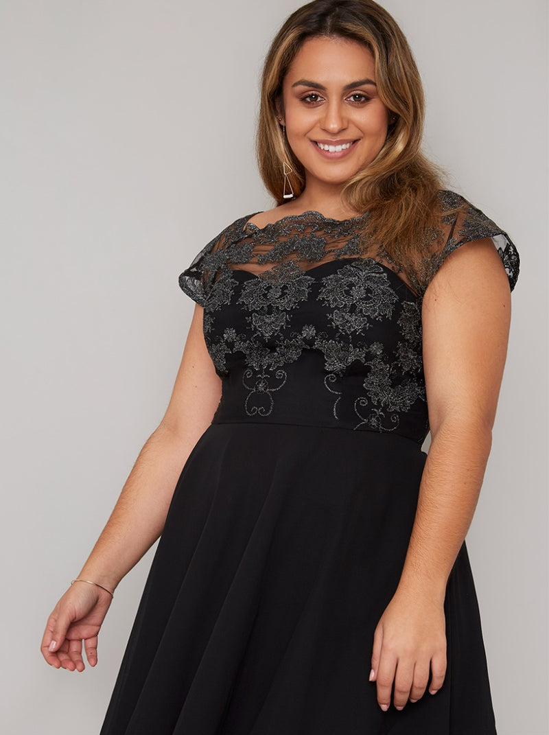 Plus Size Baroque Bodice Midi Dress in Black