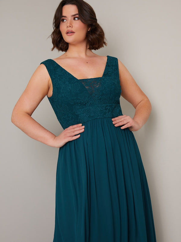 Plus Size Lace Bodice Detail Maxi Dress in Green