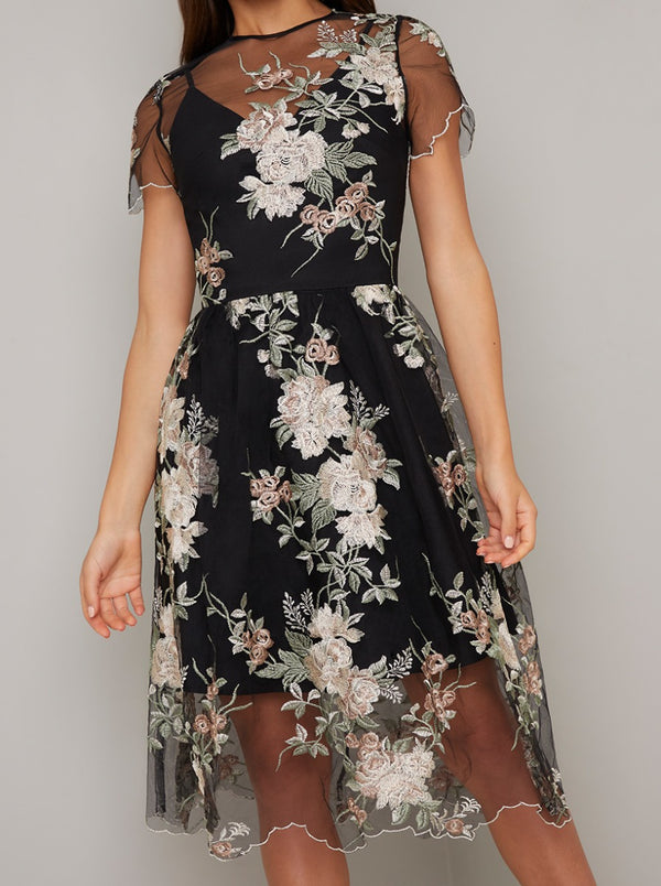 Floral Lace Overlay Midi Dress in Black