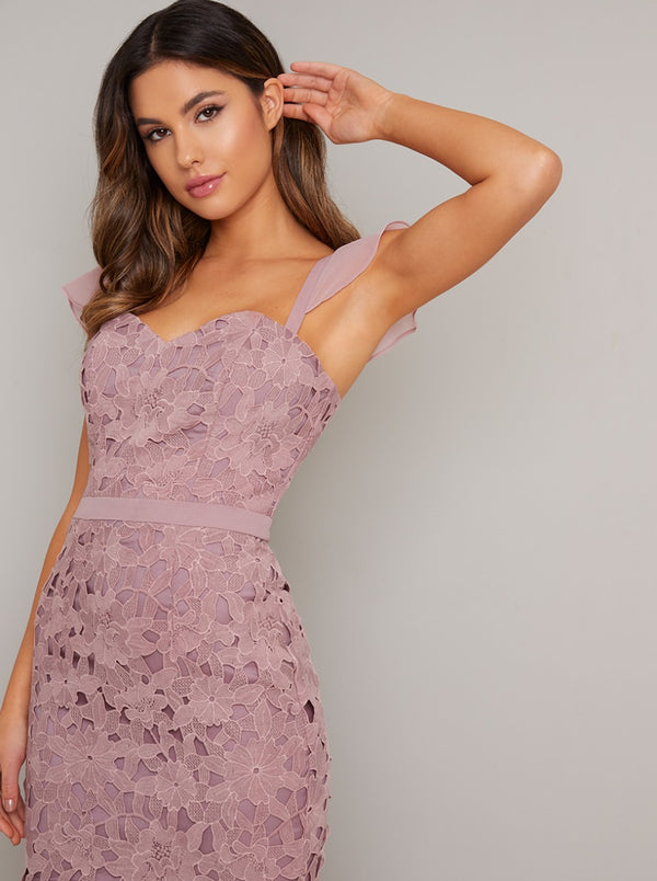 Sweet Heart Floral Laser Cut Bodycon Dress in Pink