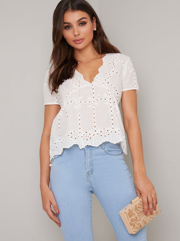 Broderie Anglaise Short Sleeved Top in White