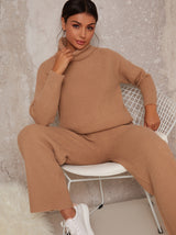 Knitted Ribbed Lounge Set in Beige