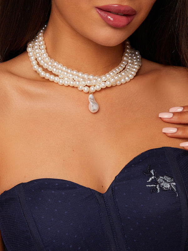 Faux Pearl Layered Necklace in White