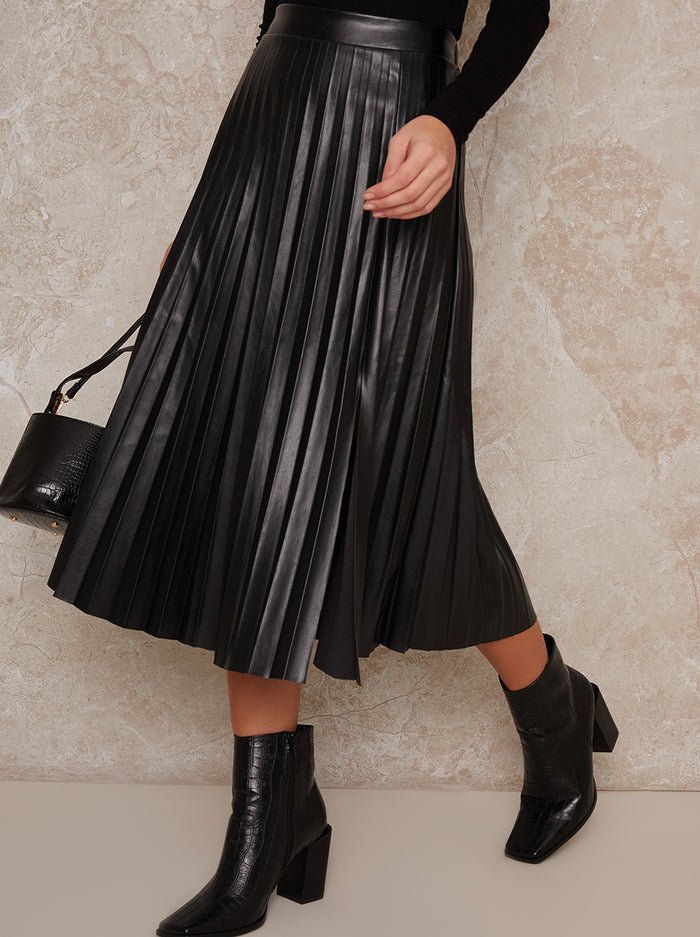 Chi Chi London Fliss Skirt in Black