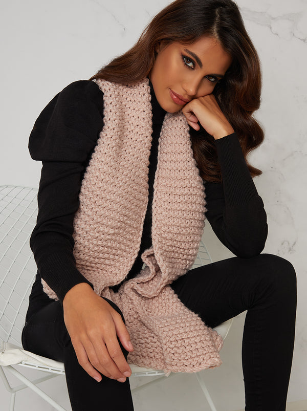 Knitted Scarf in Pink