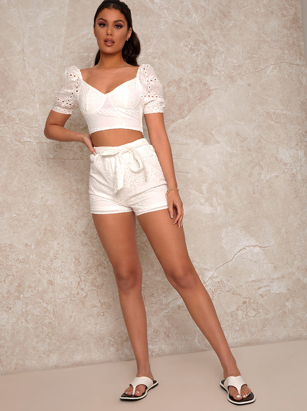 Broderie Anglaise Tie Detail Shorts in White