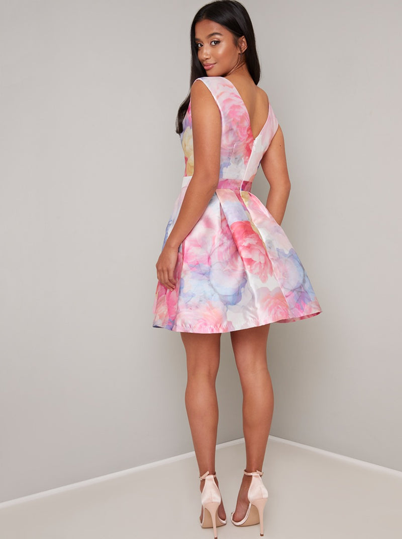 Petite V Neck Floral Print Mini Dress in Pink