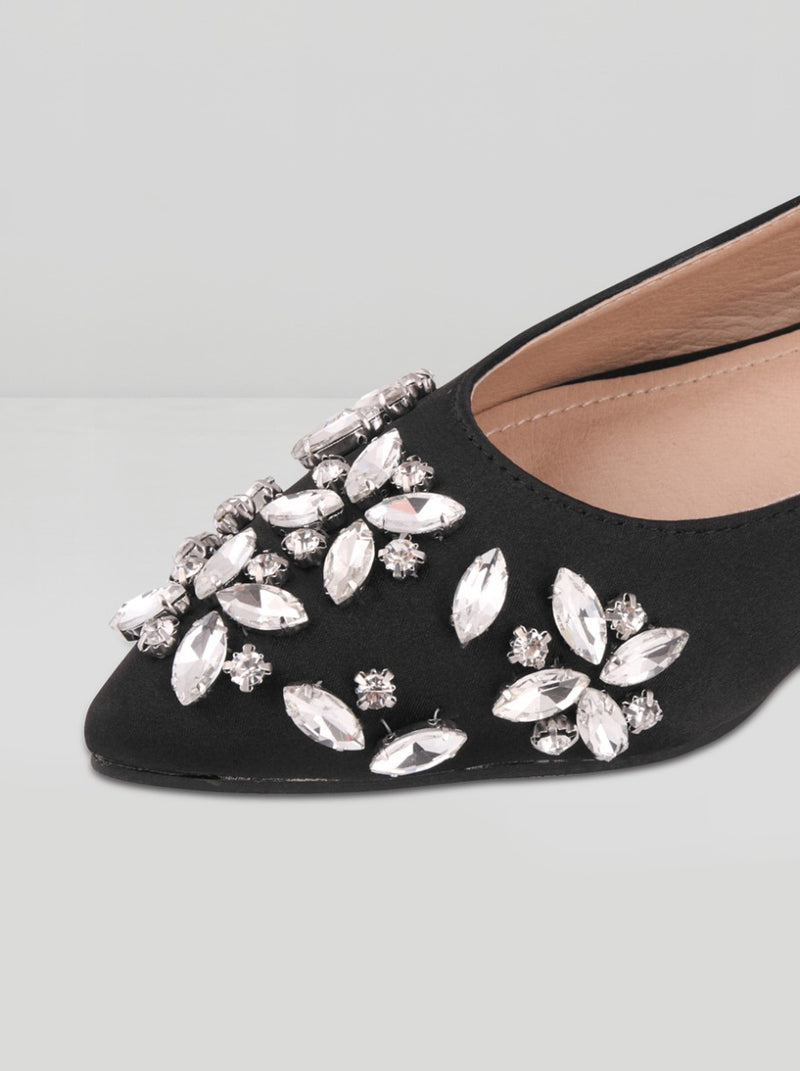 Embellished Pumps in Black