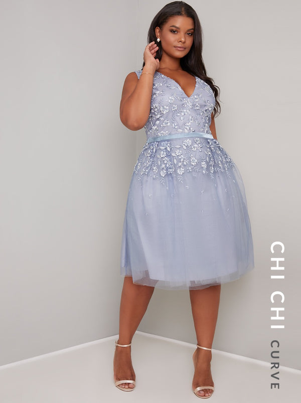 Plus Size V Neck Lace Sheer Midi Dress in Blue