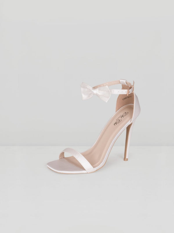 Stilleto Heels with Bow Detail in Ivory
