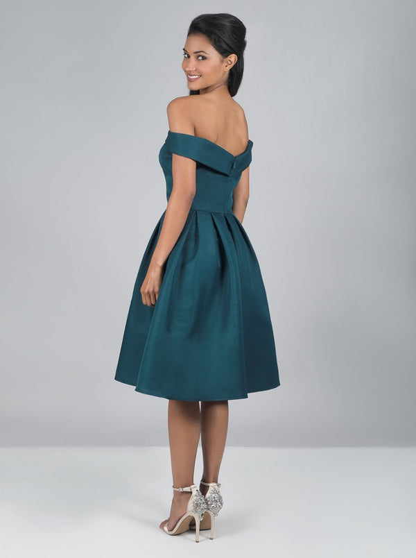 Bardot Neck Pleated Midi Dress in Green