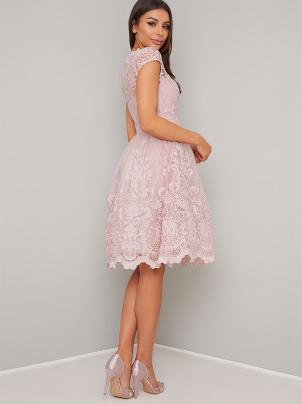 Cap Sleeved Embroidered Midi Tea Dress in Pink