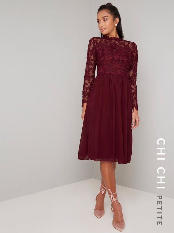 Chi Chi Petite Ella-Louise Dress
