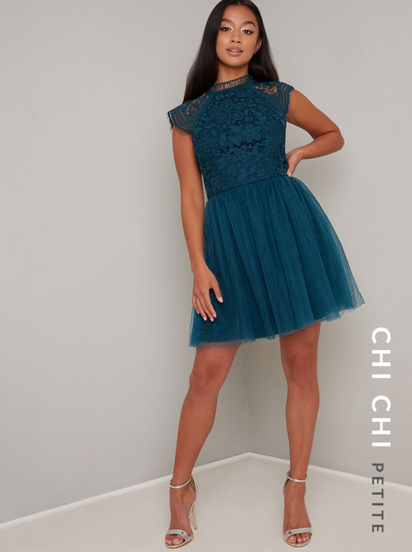 Chi Chi Petite Raelyn Dress