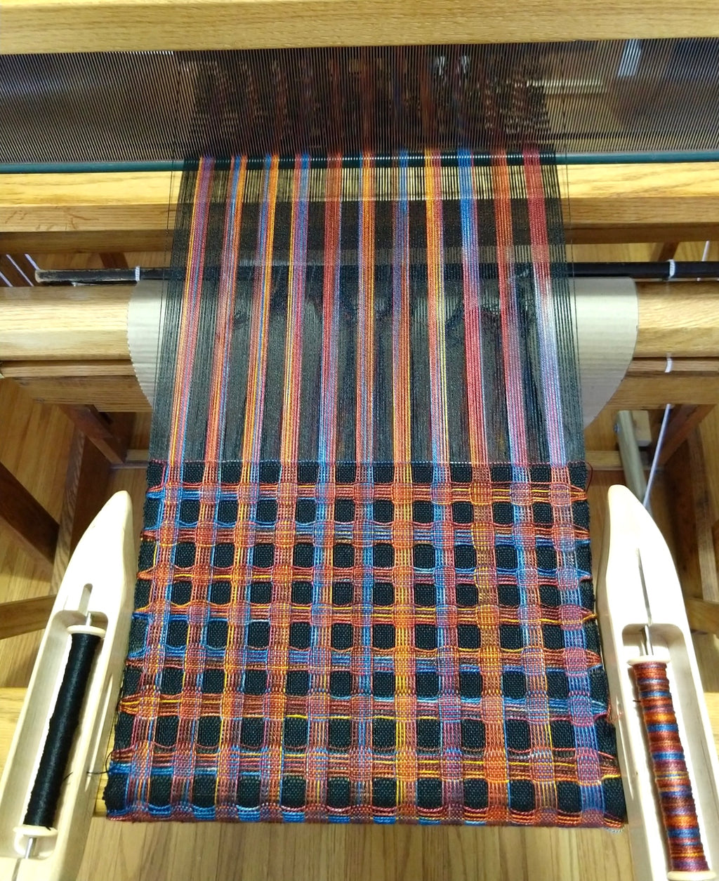 Gallery Item - Deflected Double Weave Scarf on loom