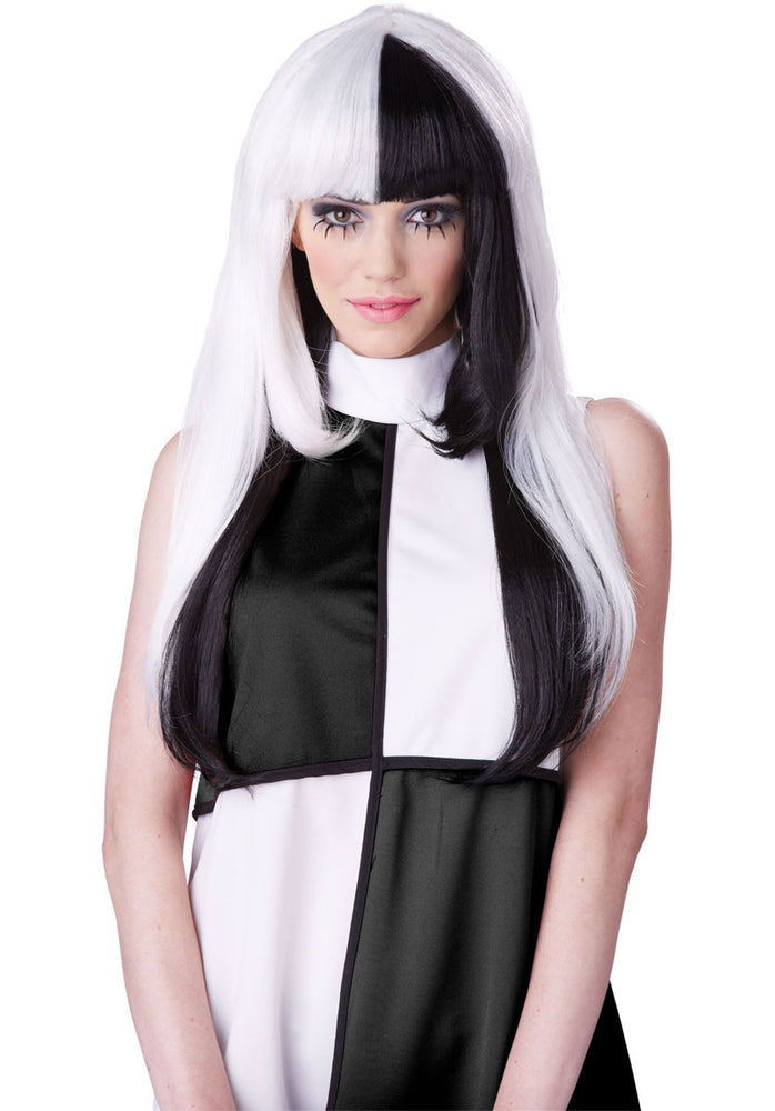 1950s A La Mod Wig, White and Black
