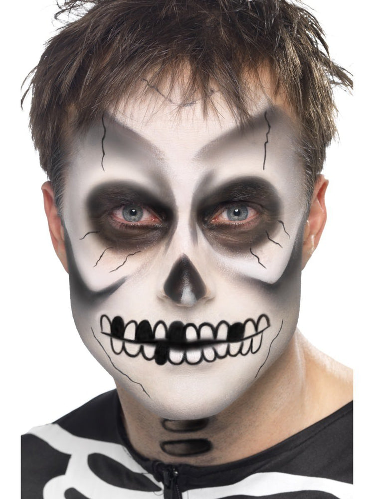 Make-Up Kit Skeleton