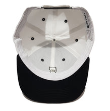 Load image into Gallery viewer, chillen chllen lifestyle wear white-black snapback hat 1st edition