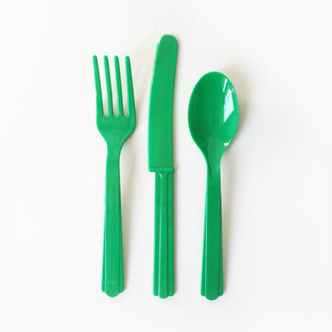 Green cutlery set