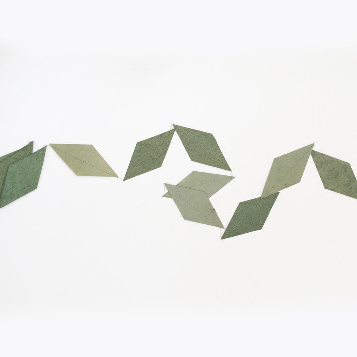 Garland kite tender green