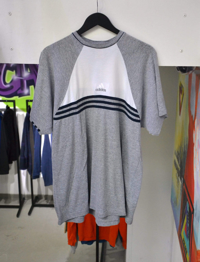 Vintage T-shirt Extra Large Vintage Adidas Grey/Black Stripes T-Shirt