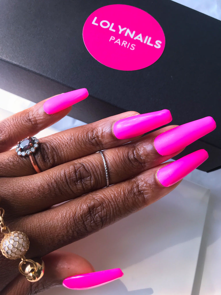Pink press on nails, extra long coffin